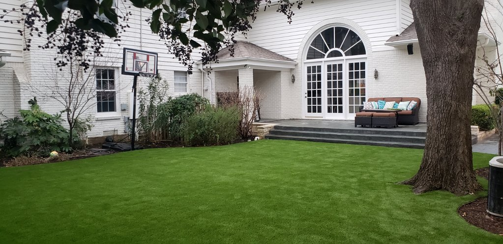 Synthetic Grass Installation | The Perfect Lawn