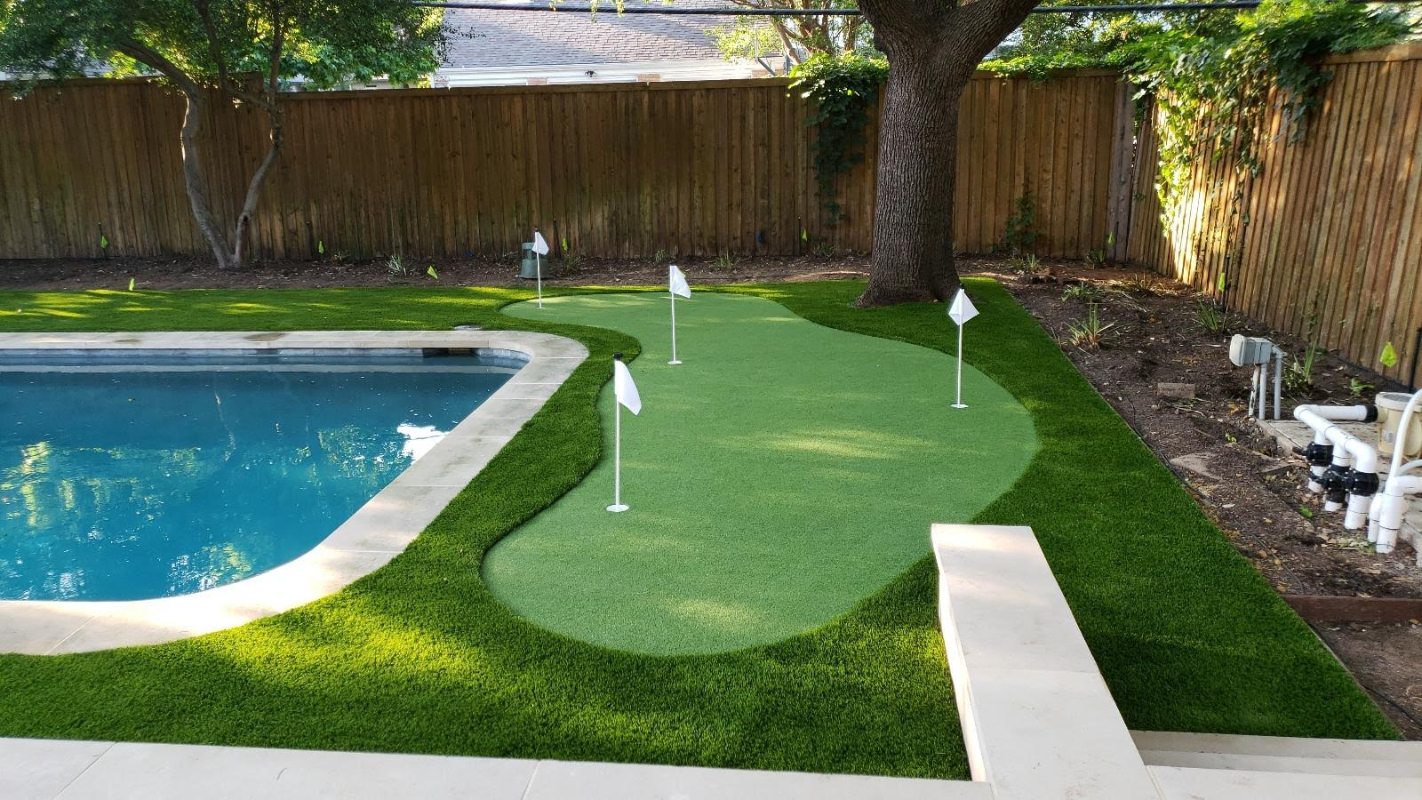 Synthetic Grass for Backyard Putting Green and Golf Greens