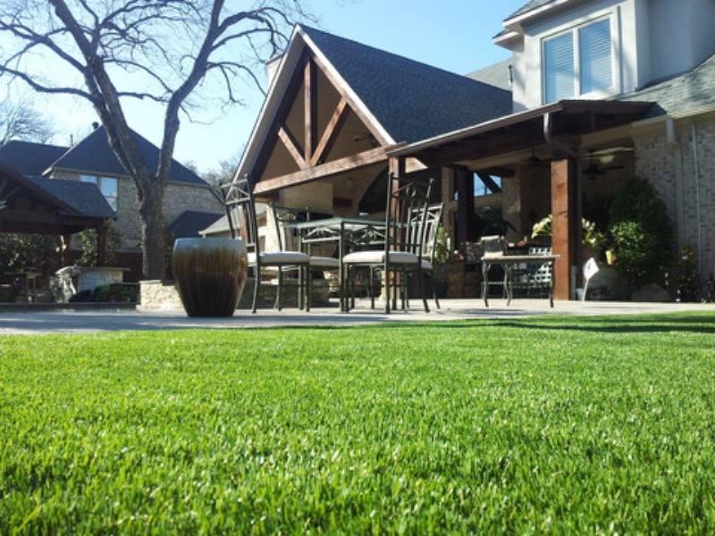 Artificial Putting Green Installation, Front Yard, Dallas, Texas